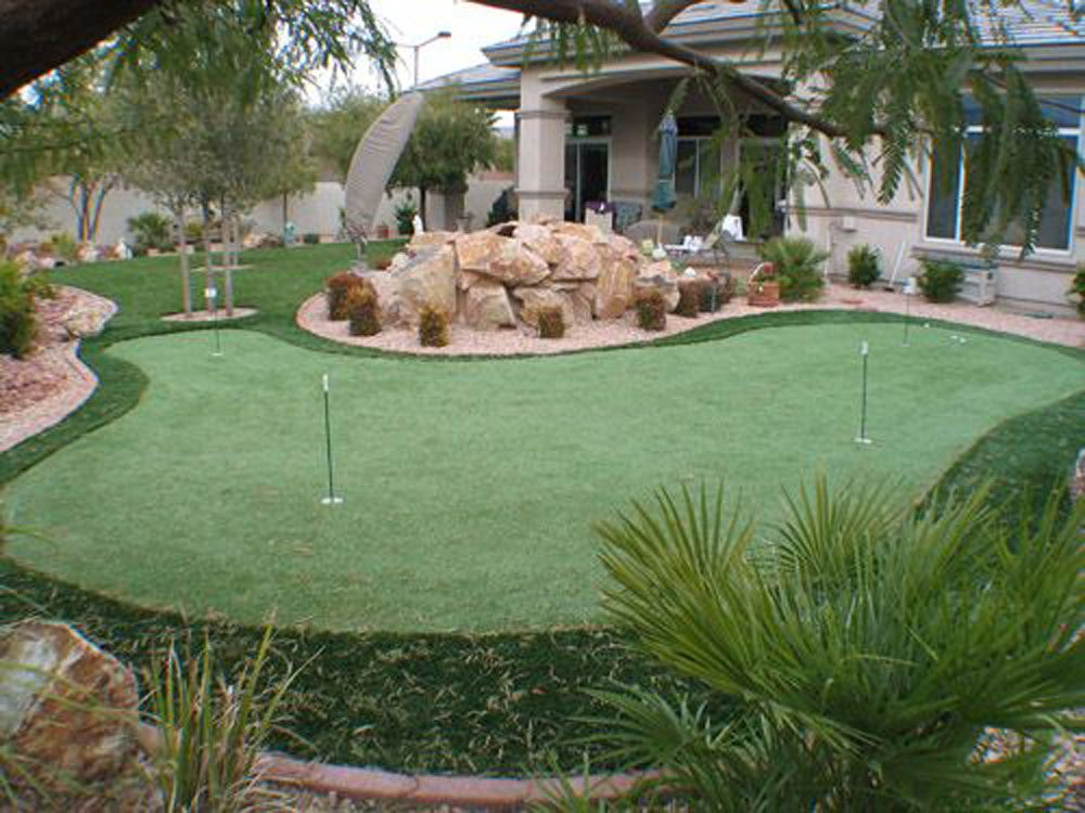 cool back yard golf putting greens by Courts and greens in Bakersfield
