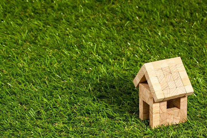 Artificial Grass and HOAs